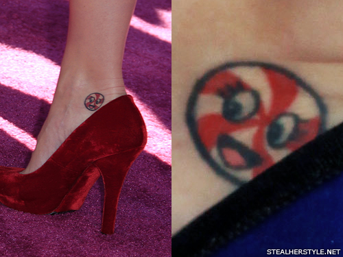 Katy Perry\'s 10 Tattoos & Meanings | Steal Her Style