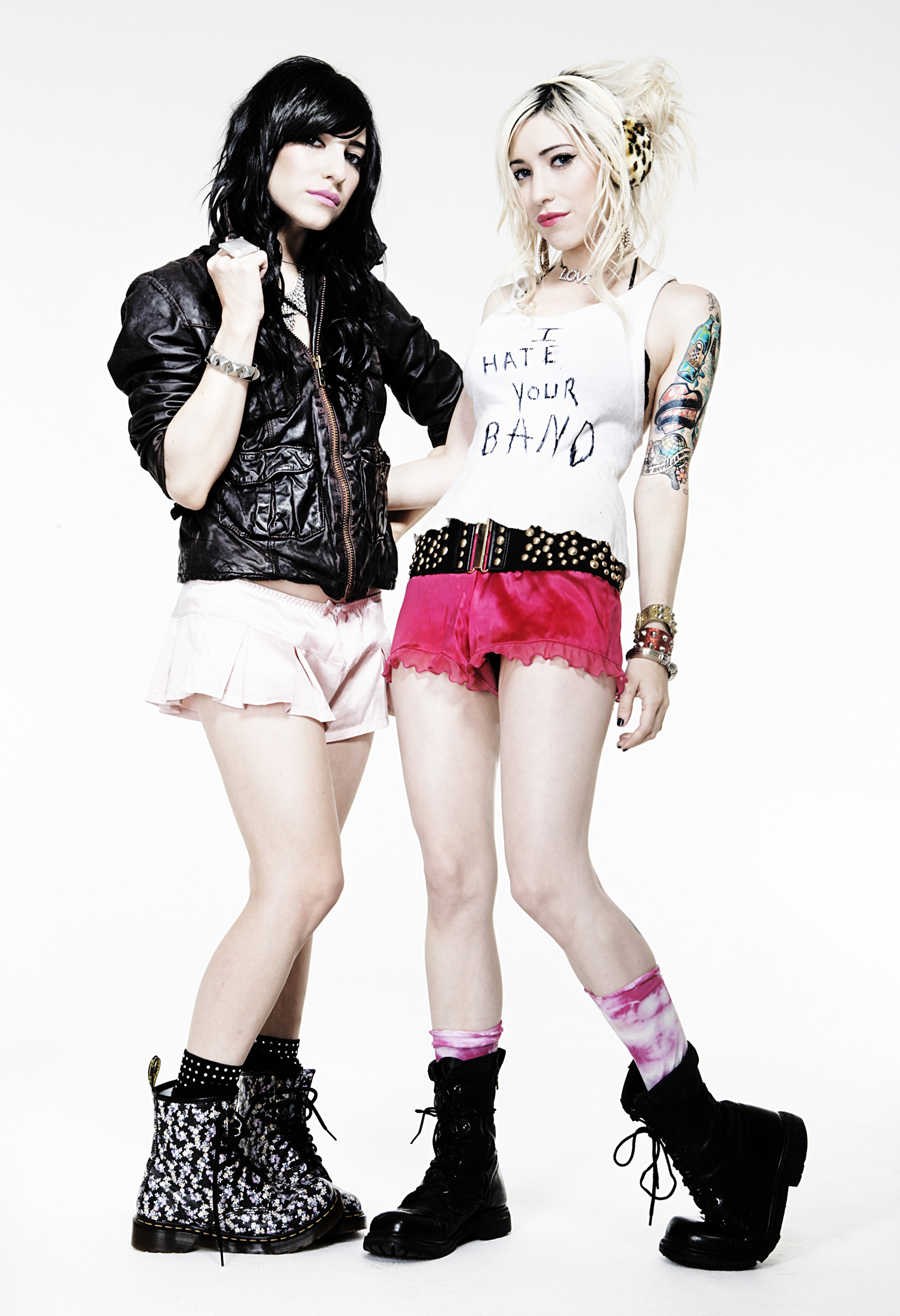 The Veronicas nude 540