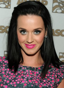 Katy Perry straight hair