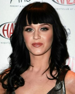 Katy Perry wavy hair