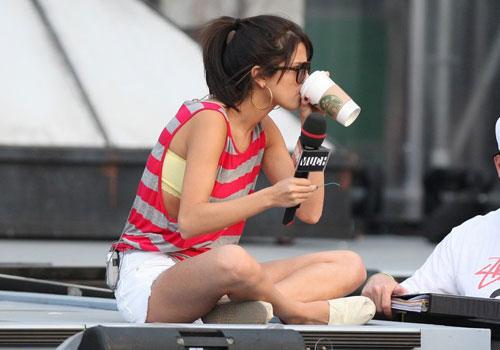 selena gomez outfits casual. Selena Gomez: MMVA Rehearsal