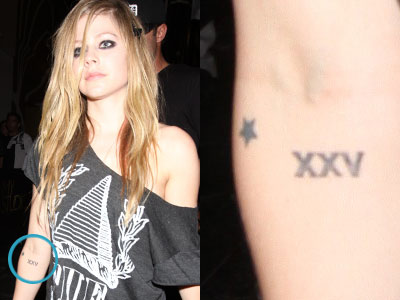 Avril Lavigne star and XXV tattoos