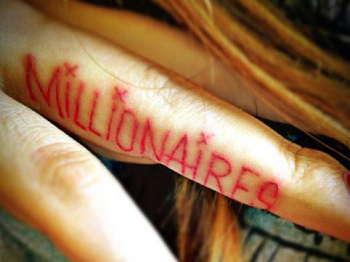 Allison Green Millionaires finger tattoo