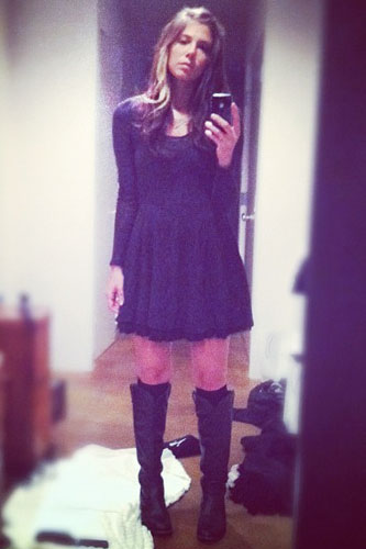 Christina Perri S Clothes Amp Fashion Steal Her Style Page 5