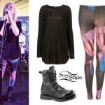 Ellie Goulding in Topshop leggings and combat boots
