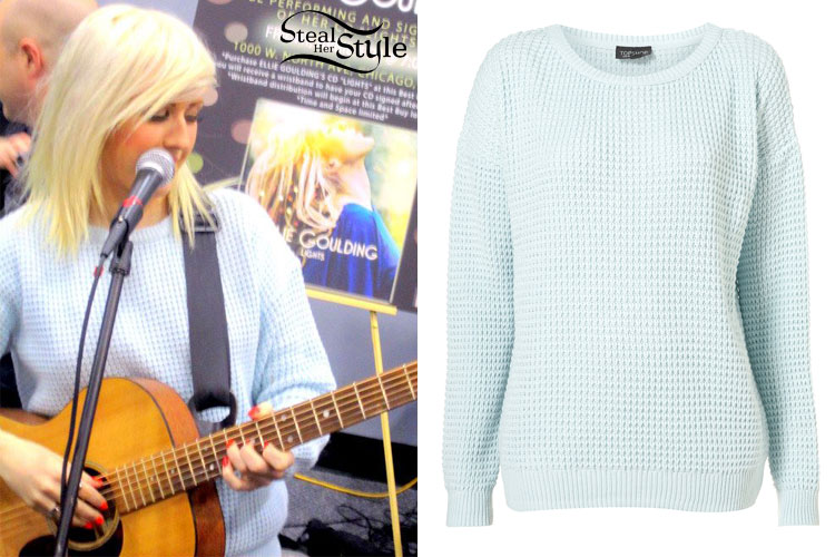 Ellie Goulding: Light Blue Textured Sweater | Steal Her Style