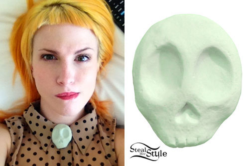 Hayley Williams: Skull Button Cover
