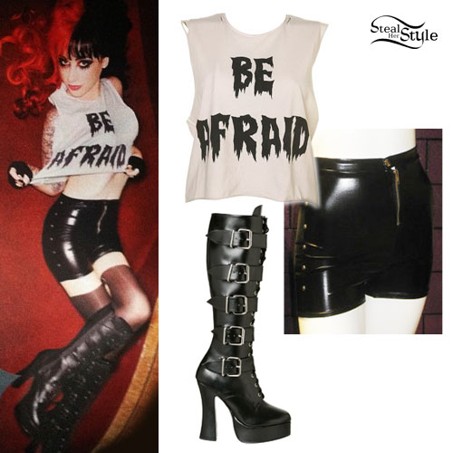 Ash Costello: Faux Leather Shorts Outfit