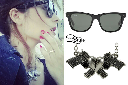 Bebe Rexha: Gun Necklace, Wayfarer Sunglasses