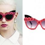 Iggy Azalea: Pink Flower Sunglasses