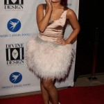 ariana-grande-outfit-2011-12-07