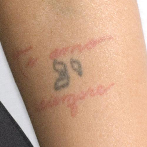 christina name tattoo - photo #44