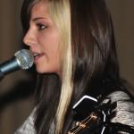 christina-perri-straight-hair-1