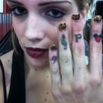 alana-potocnik-knuckle-tattoo