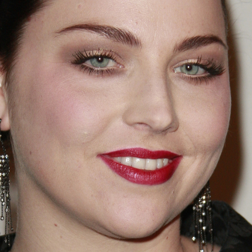Amy Lee's Makeup Photos & Products