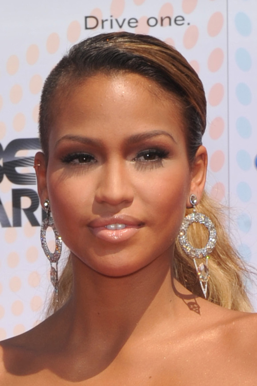Cassie Ventura Wavy Dark Brown Low Ponytail Ombr 233