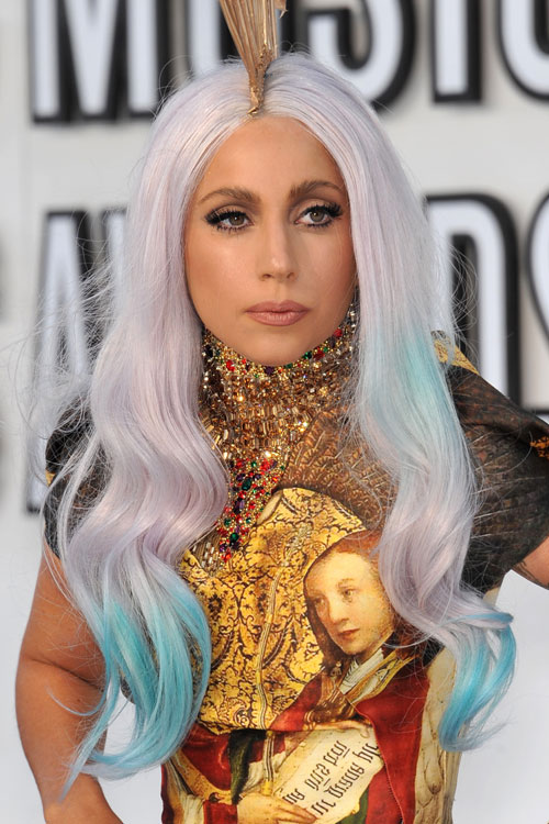 Lady Gaga S Hairstyles Amp Hair Colors Steal Her Style