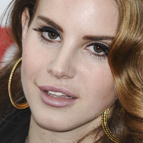 Lana Del Rey Makeup Pale Pink Lipstick Steal Her Style