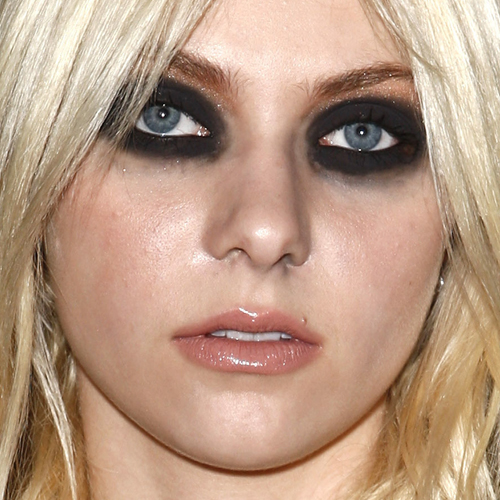 Taylor Momsen's Makeup Photos & Products | Steal Her Style Raccoon Eyes Makeup