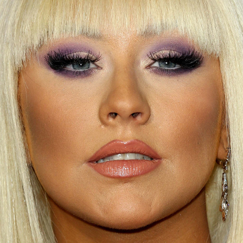 Christina Aguilera S Makeup Photos Amp Products Steal Her