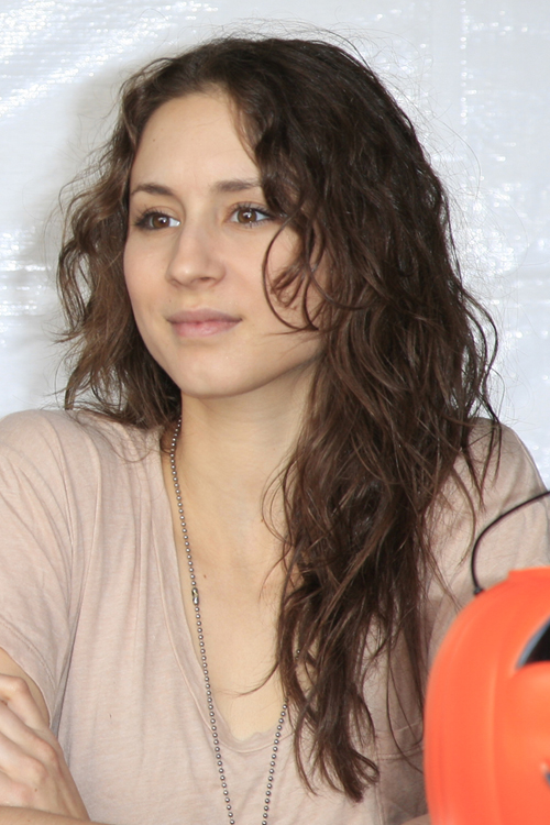 Troian Bellisario natural hair
