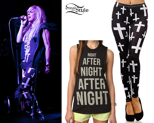 Anna Worstell: Cross Print Leggings