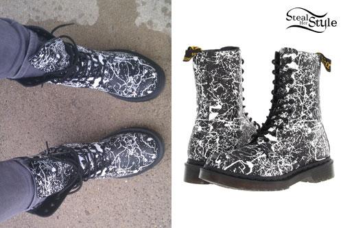 Ariel Bloomer: Splatter Paint Boots