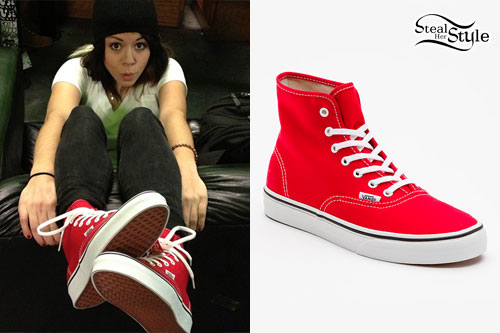 Tay Jardine  Red High Top Vans  5a4354d02