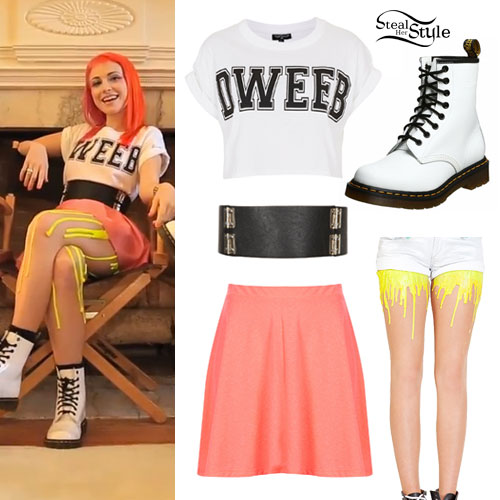 hayley williams quotstill into youquot music video outfit