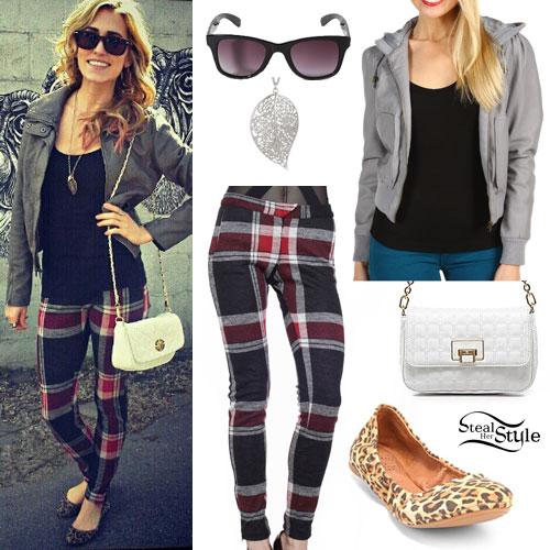 Mindy White: Plaid Pants Outfit