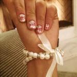 ariana-grande-nails-2
