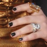 avril-lavigne-nails-black