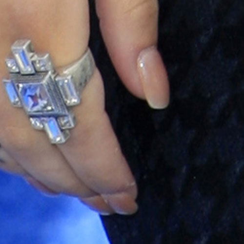 Cher Lloyd Clear Nails Steal Her Style