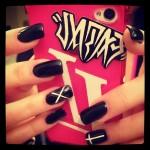 meissa-marie-green-nails-black