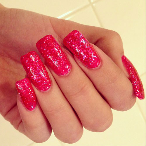 Bella thorne bow nails