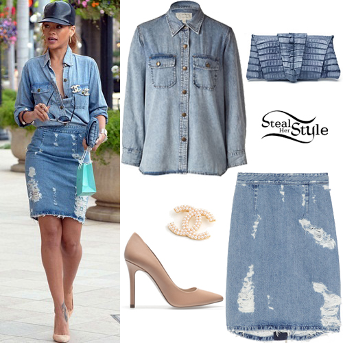 5bd4e227833 Rihanna shopping in Beverly Hills. April 5th