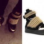 Ellie Goulding: Black & Gold Chain Sneakers