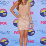 bella-thorne-outfit-13