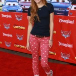 bella-thorne-outfit-8