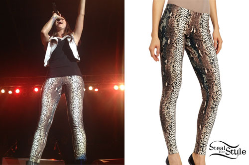 Cassadee Pope: Snakeskin Leggings