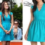 Cassadee Pope: Turquoise V-Neck Dress