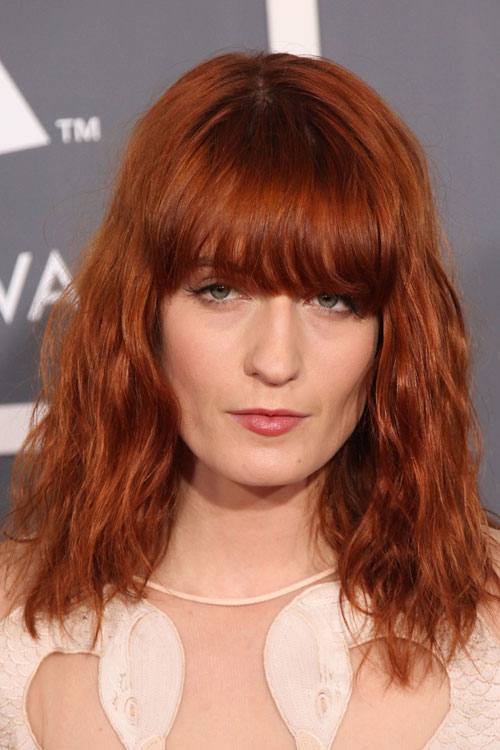 Florence Welch S Hairstyles Amp Hair Colors Steal Her Style