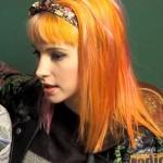 hayley-williams-hair-orange-pink-7
