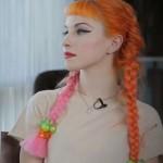 hayley-williams-hair-orange-pink-pigtail-braids