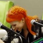 hayley-williams-hair-orange-pink-pigtails-1