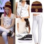 Hayley Williams: White Piped Jeans, Gryffindor Beanie