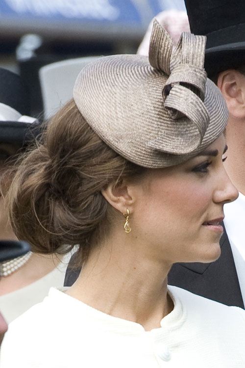 how does kate middleton style her hair kate middleton clothes amp style 3995 | kade middleton hair 4