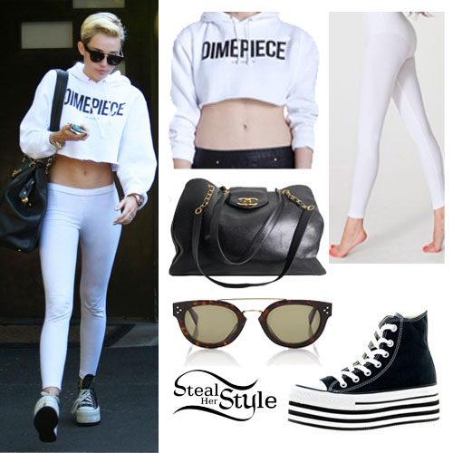 Miley Cyrus leaving a recording studio in LA - photo: mileynation.net
