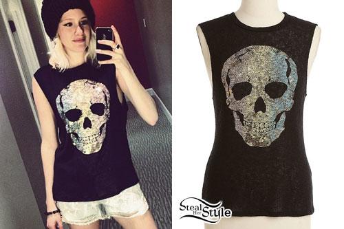 Sarah Graziani: Silver Skull Muscle Tee
