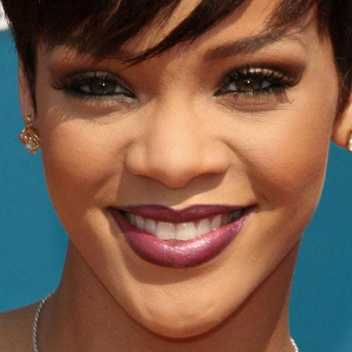 Rihanna Makeup: Bronze Eyeshadow, Brown Eyeshadow ...